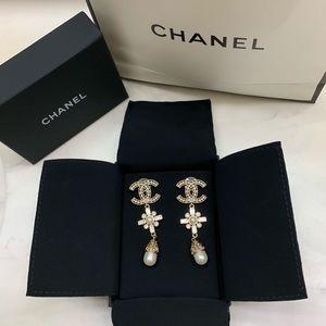 Authentic 2019 Chanel Drop Earrings